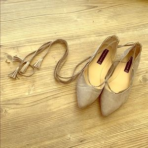 Steven by Steve Madden Taupe flats size 8